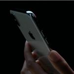 【iPhone X】iPhone Xで通知センターやコントロールセンターにアクセスする方法