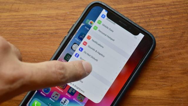 【iOS 12】iPhone XでAPPスイッチャーからアプリを終了する方法が変更に!その方法は?